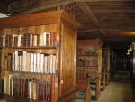 Foto Bibliothek.jpg